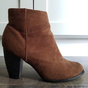 Leuven Alexander Boots - Jora Brown